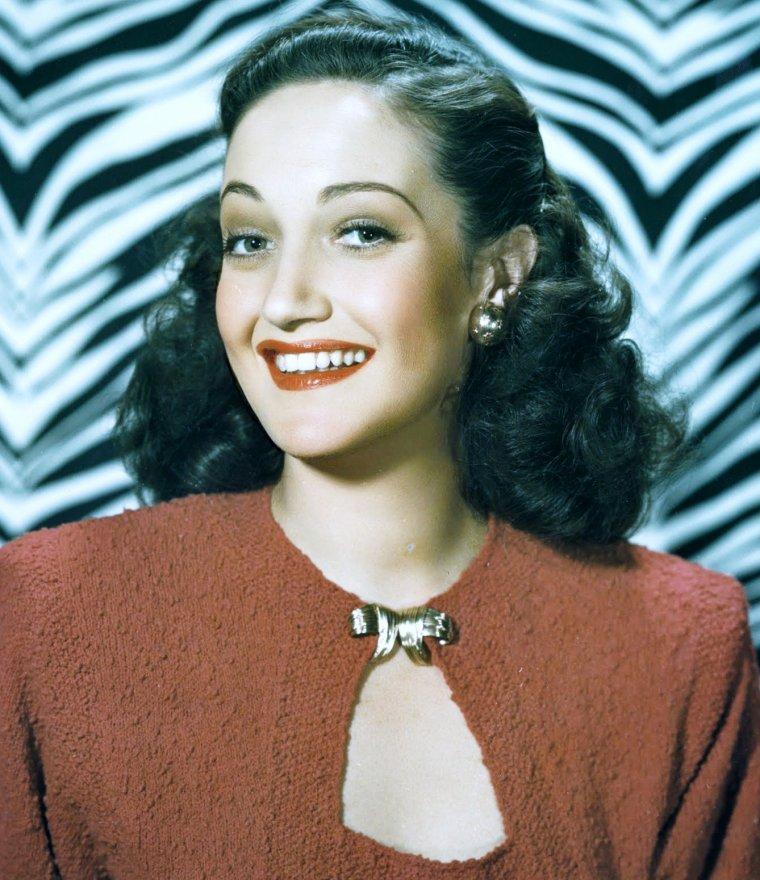 Portrait... Dorothy LAMOUR