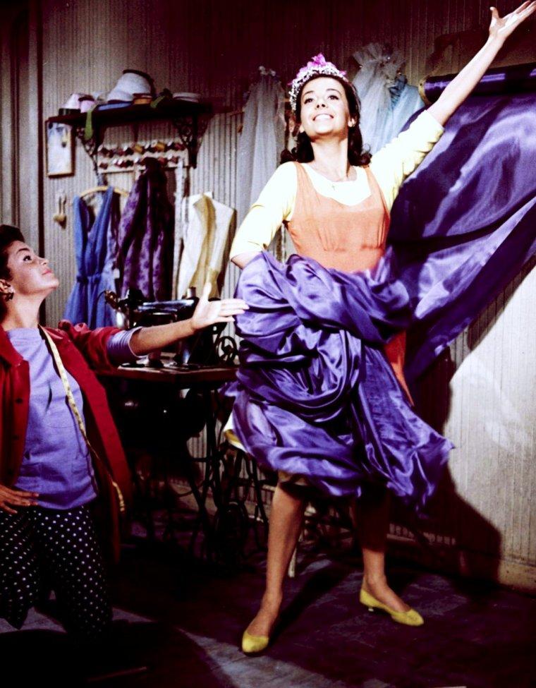 "FILM MYTHIQUE / 1961 / Natalie WOOD incarne Maria dans le film musical ""West side story""..."