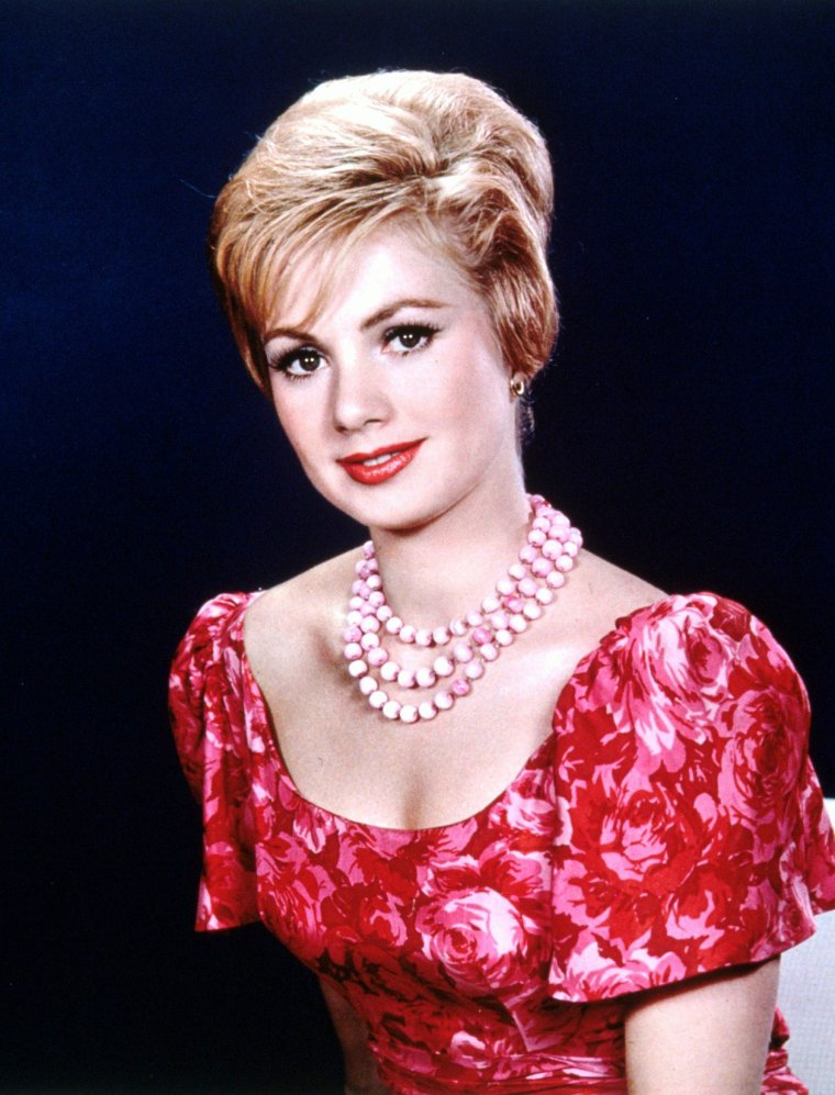 Portrait... Shirley JONES