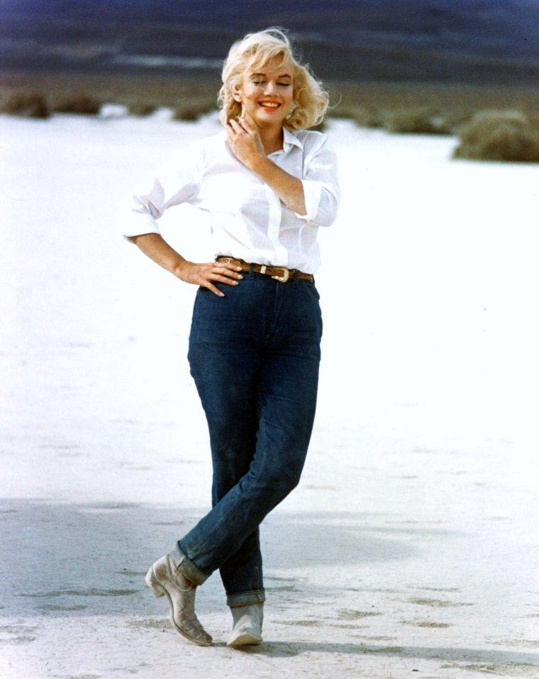 """1960-61 / Marilyn est Roslyn dans le film """"Les désaxés"""" de John HUSTON, d'après un scénario d'Arthur MILLER."""