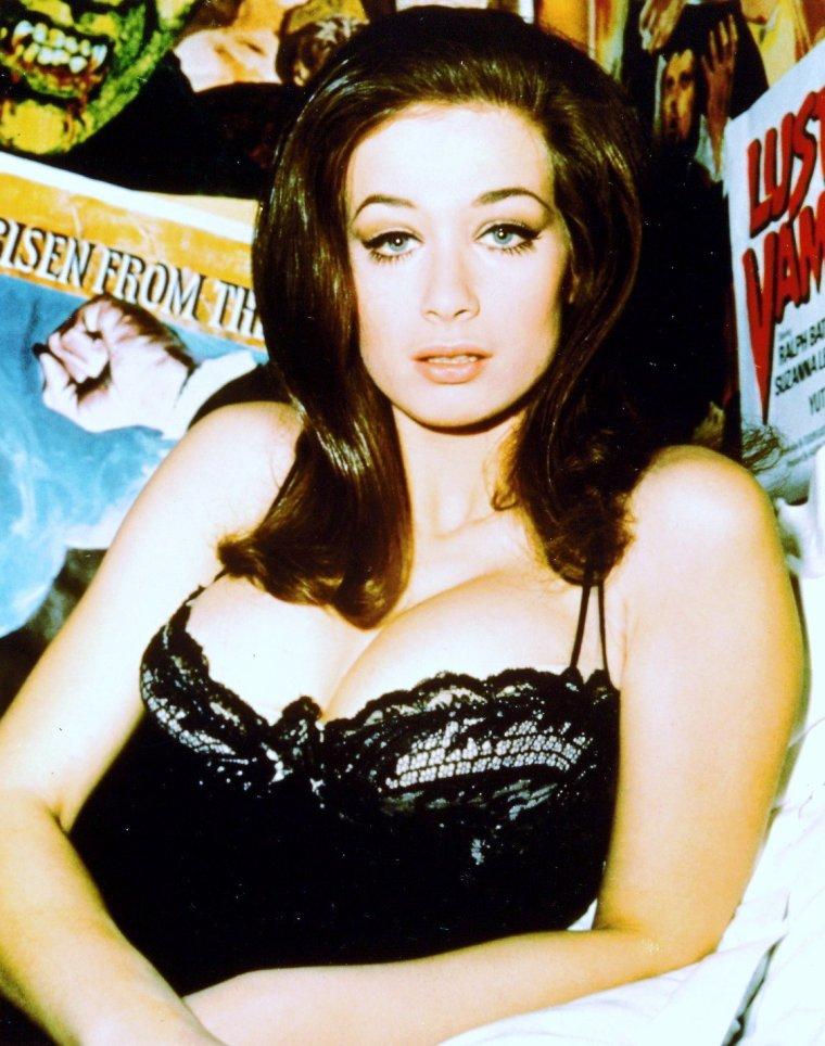 Valerie LEON est une actrice britannique née le 12 novembre 1943.
