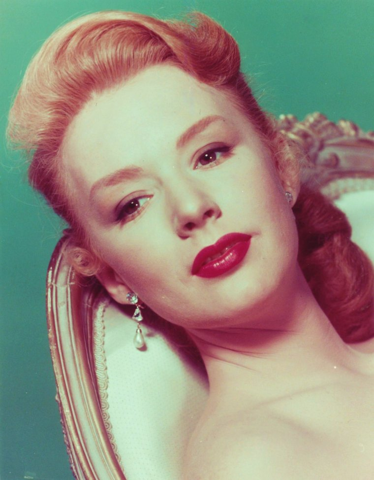 BONUS photos... Piper LAURIE
