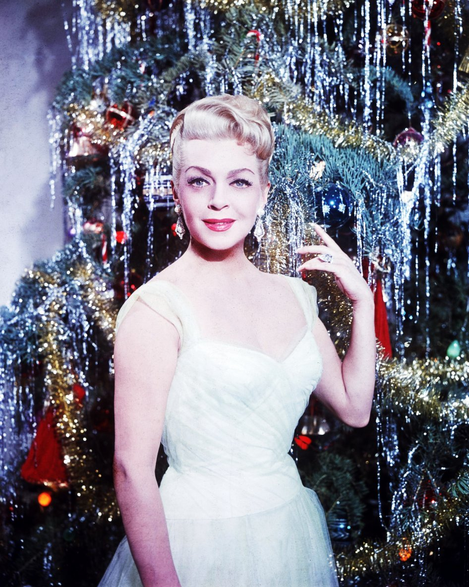 "Stars en fête... (de haut en bas) ""Merry Christmas"" with Lana TURNER / ""Happy new-year"" with Ann SHERIDAN /  ""Happy Halloween"" with Colleen TOWNSEND / ""Mariage"" with Gina LOLLOBRIGIDA / ""Happy birthday"" with Joan CRAWFORD / ""Happy Thanksgiving-day"" with Marilyn MONROE / ""Happy easter"" with Romy SCHNEIDER / ""Happy Valentine-day"" with Debbie REYNOLDS."