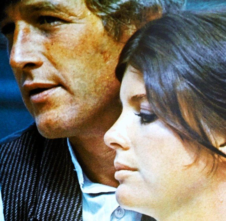 """Katharine ROSS est une actrice américaine née le 29 janvier 1940 à Hollywood, Californie (États-Unis). Elle est connue pour son rôle d'Etta PLACE en 1969 aux côtés de Robert REDFORD et Paul NEWMAN dans le film """"Butch Cassidy et le kid""""... (photos)."""