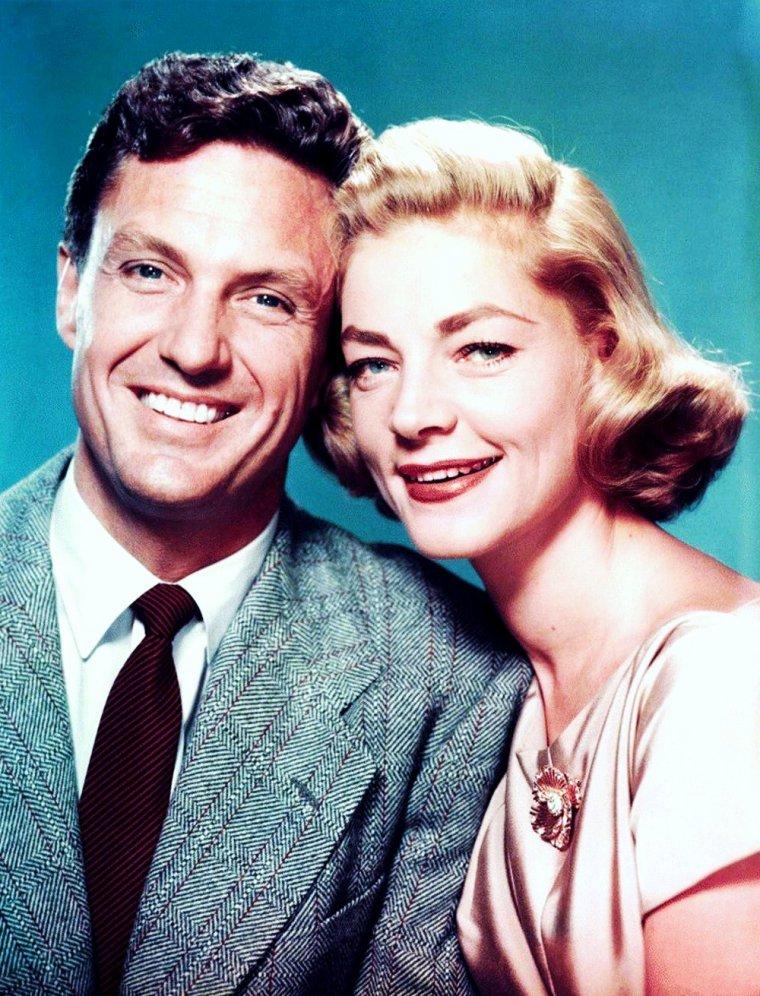 """Couples au cinéma... (de haut en bas) Jean SIMMONS and Richard BURTON dans """"La tunique"""" (1953) / Anne VERNON and Jean MARAIS dans """"Patate"""" (1964) / Lauren BACALL and Robert STACK dans """"The gift of love"""" (1958) / Lucille BALL and Gene KELLY dans """"DuBARRY was a lady"""" (1943) / Mariette HARTLEY and James DRURY dans """"Coups de feux dans la sierra"""" (1962) / Patricia OWENS and Charles BRONSON dans """"X-15"""" (1961) / Marilyn MONROE and Tom EWELL dans """"Sept ans de réflexion"""" (1955) / Marisa PAVAN and Marlon BRANDO dans """"One eyed Jacks"""" (1961)."""