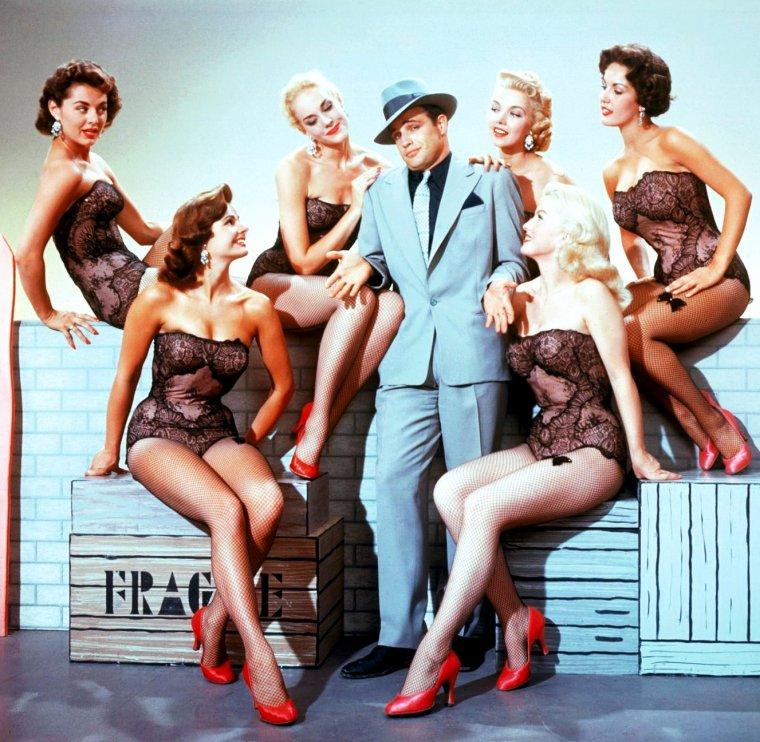 Marlon BRANDO, le séducteur de Hollywood a tenu dans ses bras quelques unes des plus belles femmes... (de haut en bas) The GOLDWYN-Girls / Miiko TAKA / Pina PELLICER / Jean SIMMONS / Tarita TERIIPAIA / Anjanette COMER / Vivien LEIGH / Elizabeth TAYLOR