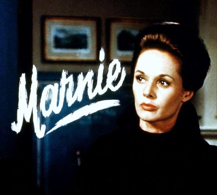 """1964 / FILM CULTE / """"Pas de Printemps pour Marnie"""" (Marnie) d'Alfred HITCHCOCK avec la """"froide"""" Tippi HEDREN jouant aux côtés du séduisant Sean CONNERY"""