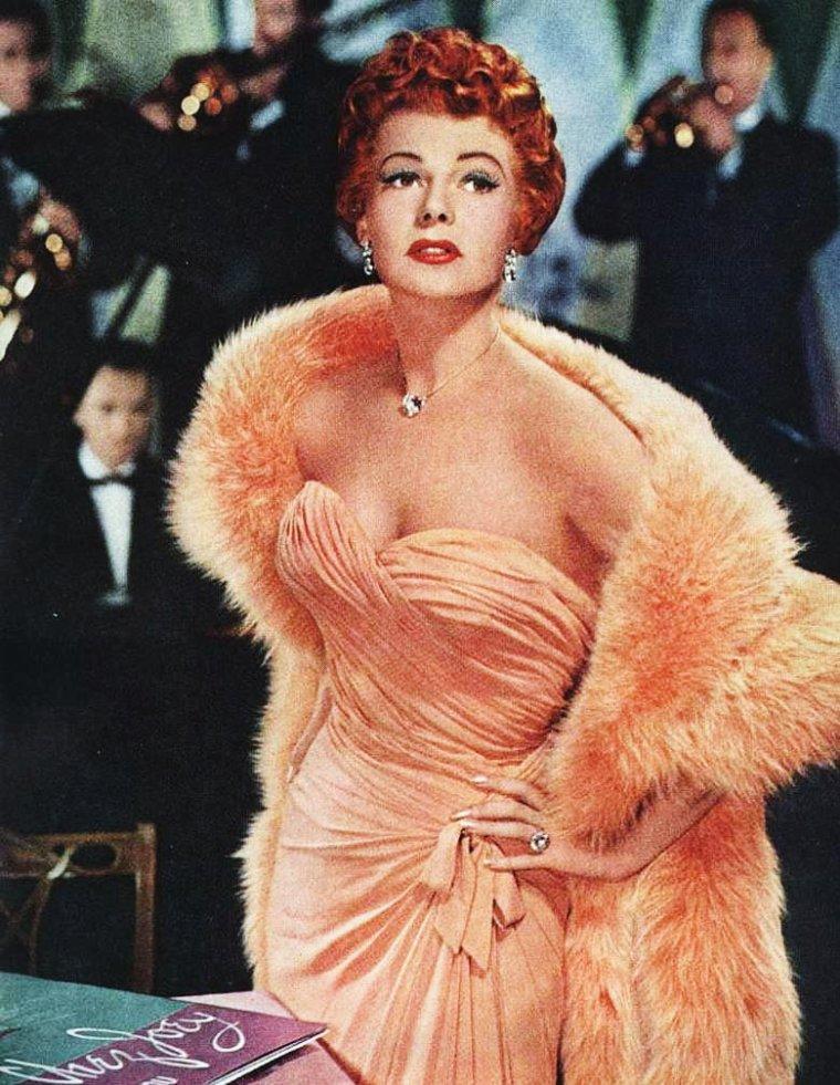 Blog de i love vintage actresses page 143 i love vintage actresses - Film ou il se coupe le bras ...