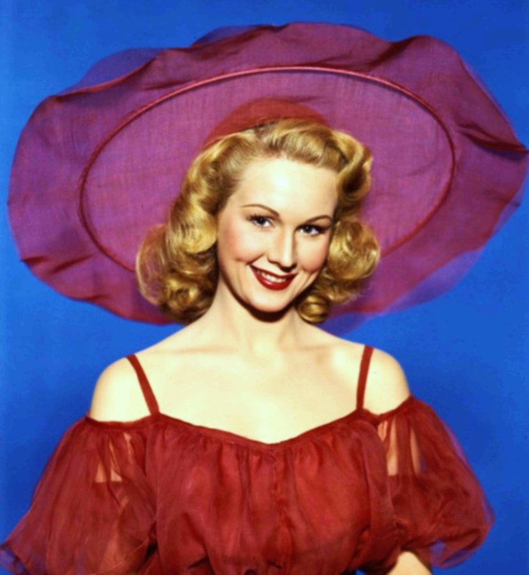 Portrait... Virginia MAYO 50's