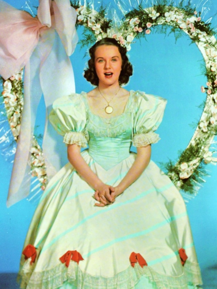 Quand nos STARS sont en fête (part 2)... (de haut en bas) Brigid BAZLEN for Easter / June HAVER for Thanksgiving-day / Ann BLYTH for Happy new-year / Vivien LEIGH Wedding / Betty GRABLE for Christmas / Deanna DURBIN for the Valentine day / Kathleen CASE for Halloween / Audrey HEPBURN Carnival