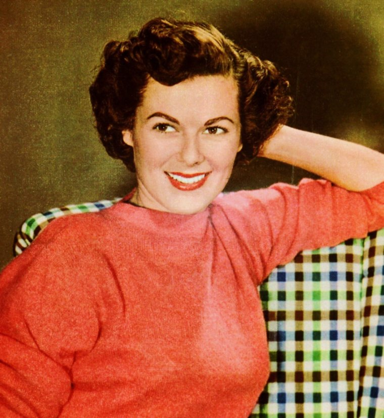 STAR à la UNE... Barbara HALE (rare photos).