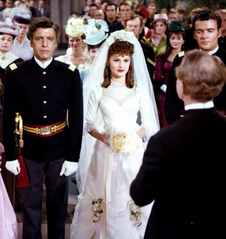 CITATION / « Le mariage est une greffe : ça prend bien ou mal. » de Victor HUGO /  Nos STARS en robes de mariées... (de haut en bas) Elsa MARTINELLI / Barbara PARKINS / Elizabeth TAYLOR / Dorothy HART / Jayne MANSFIELD / Janis PAIGE / Marilyn MONROE / Pamela TIFFIN