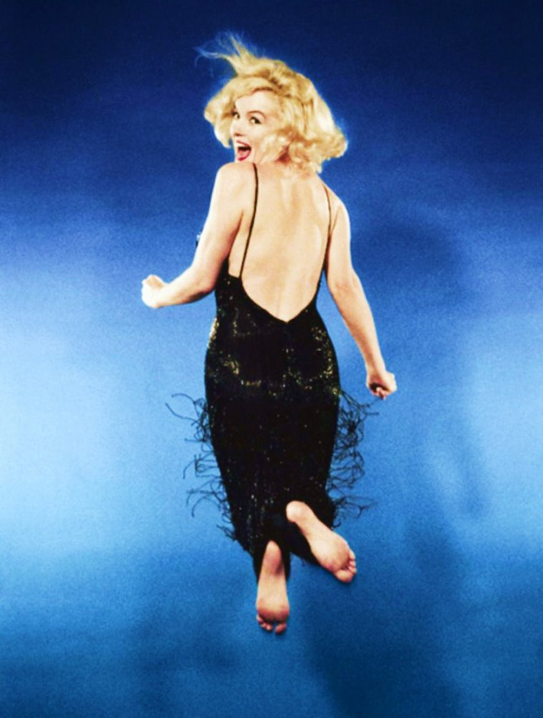 FUN / Marilyn jump by Philippe HALSMAN, New-York city, 1959...