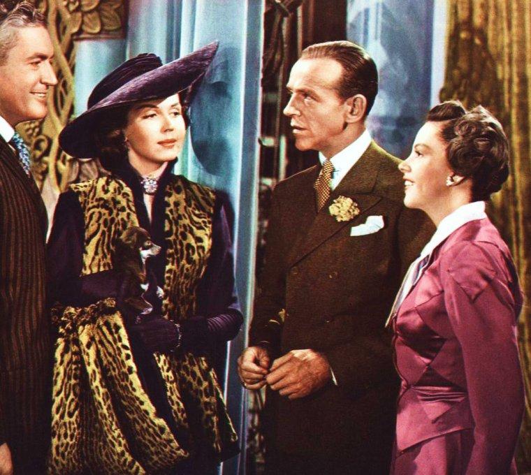 """1948 / En pleine actualité, à voir ce très beau film musical réunissant une pleiade d'acteurs, tels Judy GARLAND, Fred ASTAIRE, Ann MILLER ou encore Peter LAWFORD : """"Easter Parade"""" (Parade de Printemps), film de Charles WALTERS / SYNOPSIS / New York, 1912. Don HEWES, un dandy en froid avec sa petite amie rencontre dans un bar Hannah BROWN dont il s'éprend aussitôt. Il lui promet de faire d'elle une star qui attirera tous les regards, change son nom en Juanita, lui achète des toilettes et lui apprend à danser. Don et Hannah décrochent la vedette d'un spectacle qui commence la veille de Pâques. C'est un triomphe."""