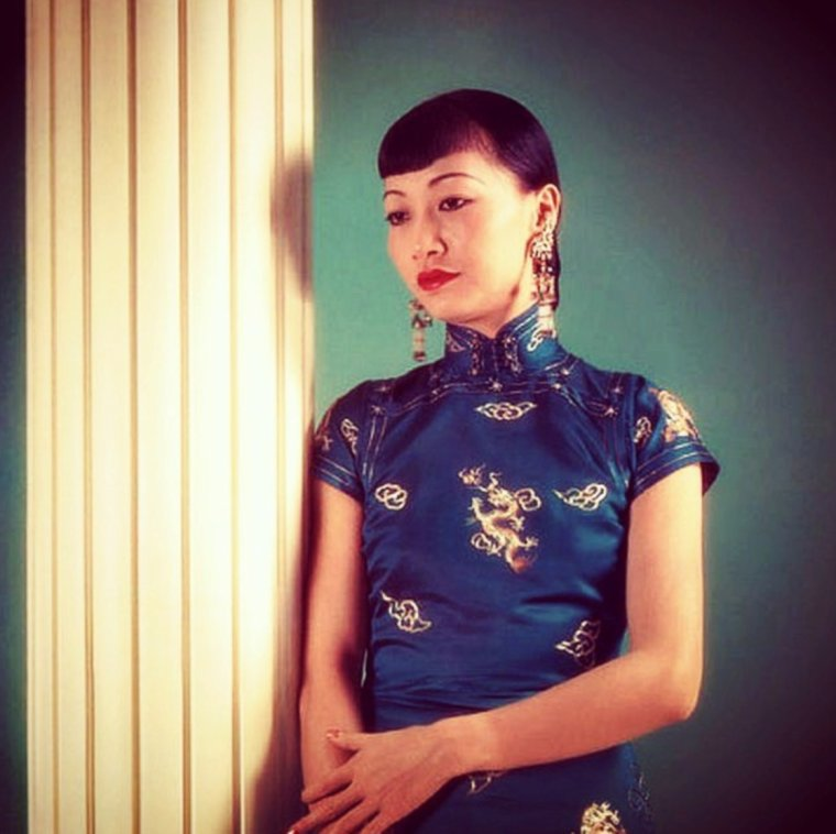 Portrait... Anna May WONG 40's
