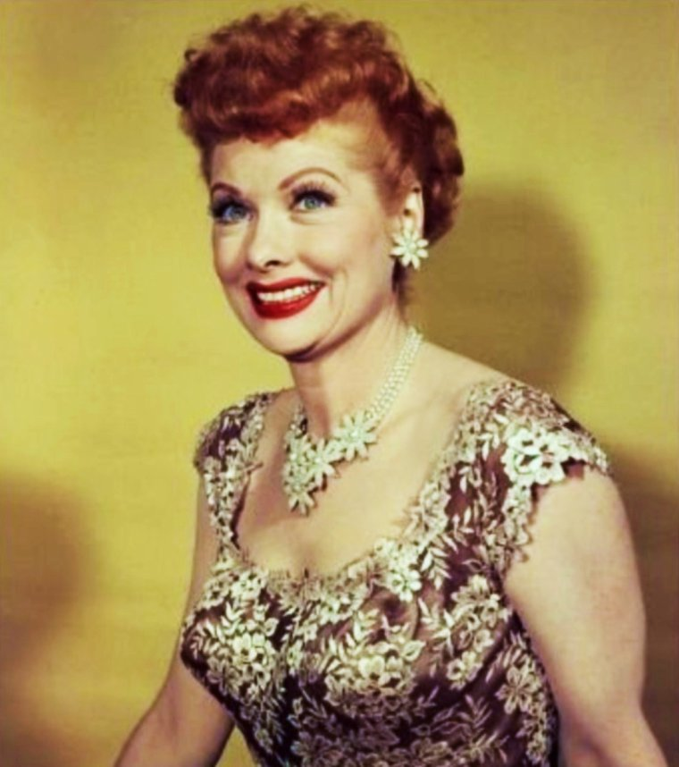 Lucille BALL... fun session 40's