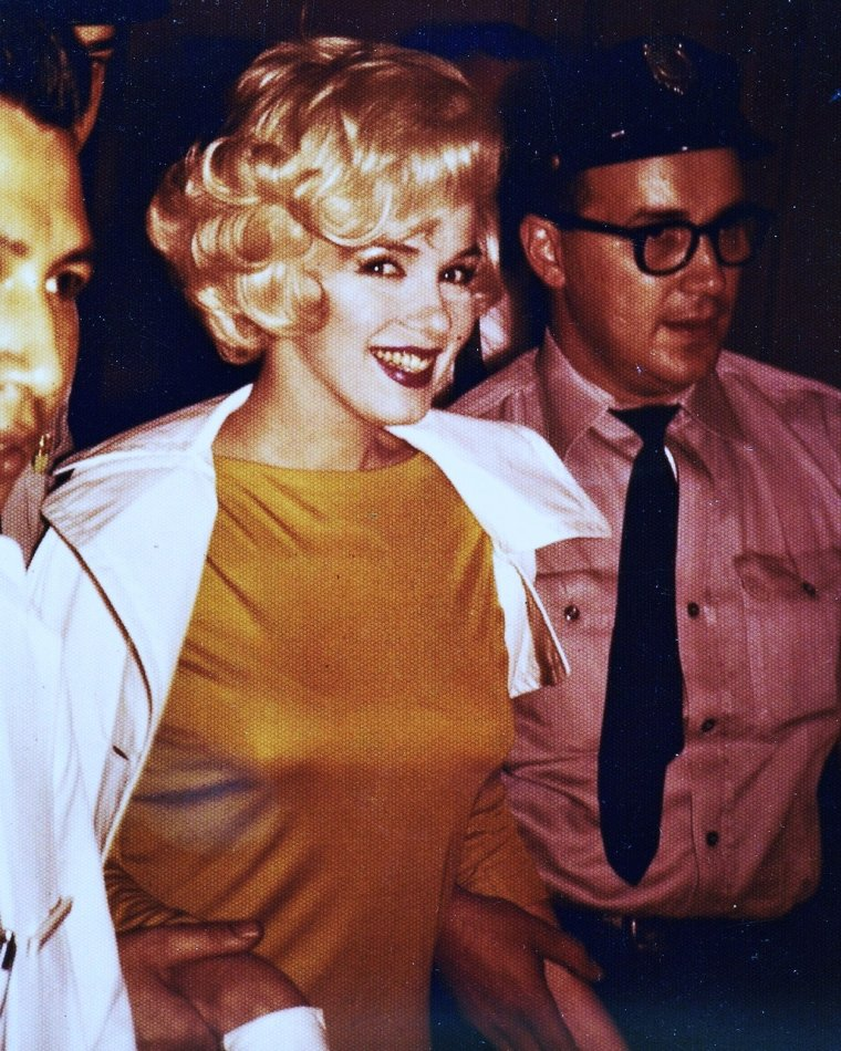 RARE and CANDID Marilyn PHOTOS