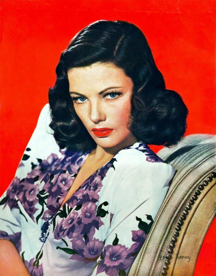 Duet... Gene TIERNEY wear floral print dress