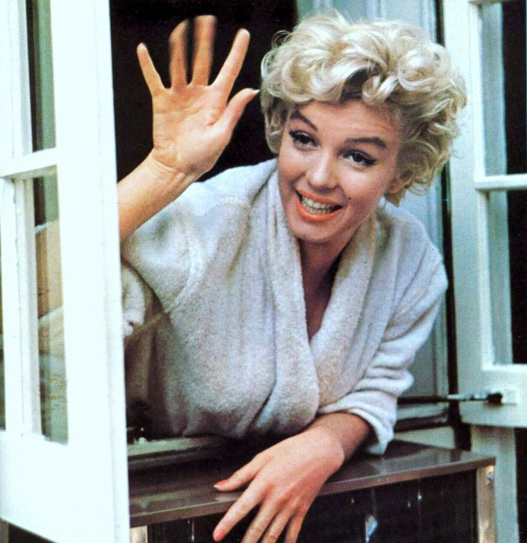 BONNE JOURNEE A TOUTES ET A TOUS !... avec Marilyn