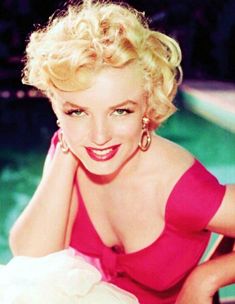 """21 JUIN / VIVE L'ETE et la FÊTE DE LA MUSIQUE !... avec Marilyn at """"the Ray ANTHONY-party"""". (3 Août 1952)."""