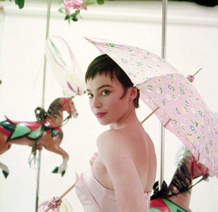 1954 / La fraîcheur de Leslie...