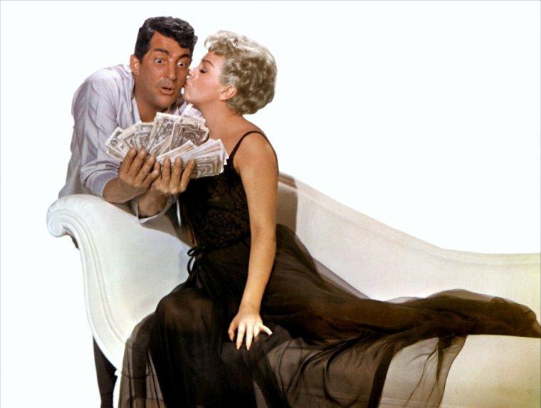 BELLE JOURNEE A TOUTES ET A TOUS !... Aujourd'hui, je reçois mon nouveau canapé... (Lana TURNER and Dean MARTIN).