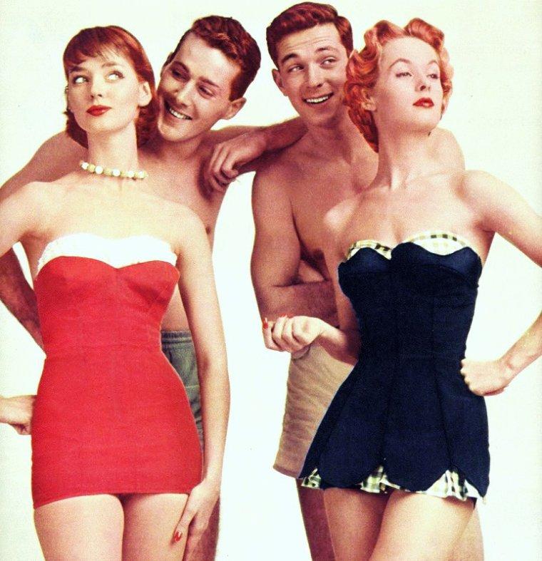 WHO IS SHE ? / Actrice mystère... (indice facile) D'abord mannequin, elle est découverte par Alfred HITCHCOCK en 1961 dans une publicité. Le réalisateur fait d'elle sa nouvelle muse et l'élève au rang de star avec deux de ses films... (Elle est à droite sur la photo, maillot-robe bleu). La reconnaissez-vous ?