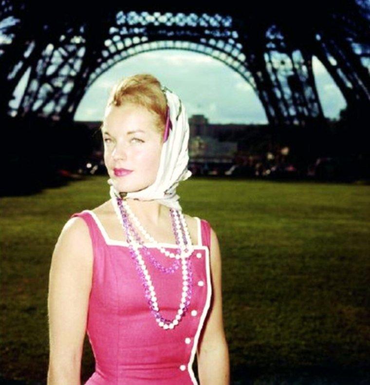 LE BEL ETE à PARIS avec... Romy