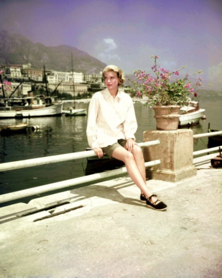 SUMMER 1956 / Duet... Grace KELLY
