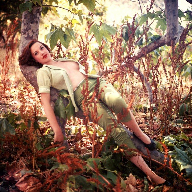 """NEWS / Margaret Dawn RICHARD, plus connue sous le pseudo de Dawn RICHARD, est une actrice Américaine, née le 5 Mars 1936 à Los-Angeles, Californie ; ANECDOTE ; Elle fut élue Playmate par le magazine """"PLAYBOY"""" du mois de Mai 1957..."""