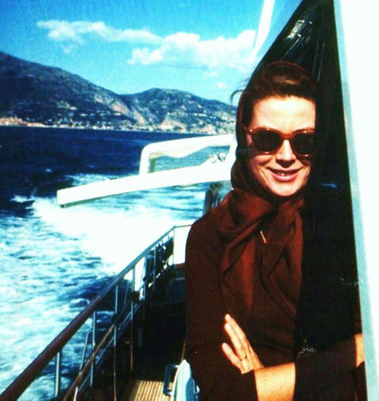 BELLE FIN DE JOURNEE A TOUTES ET A TOUS !... en vacances avec Grace