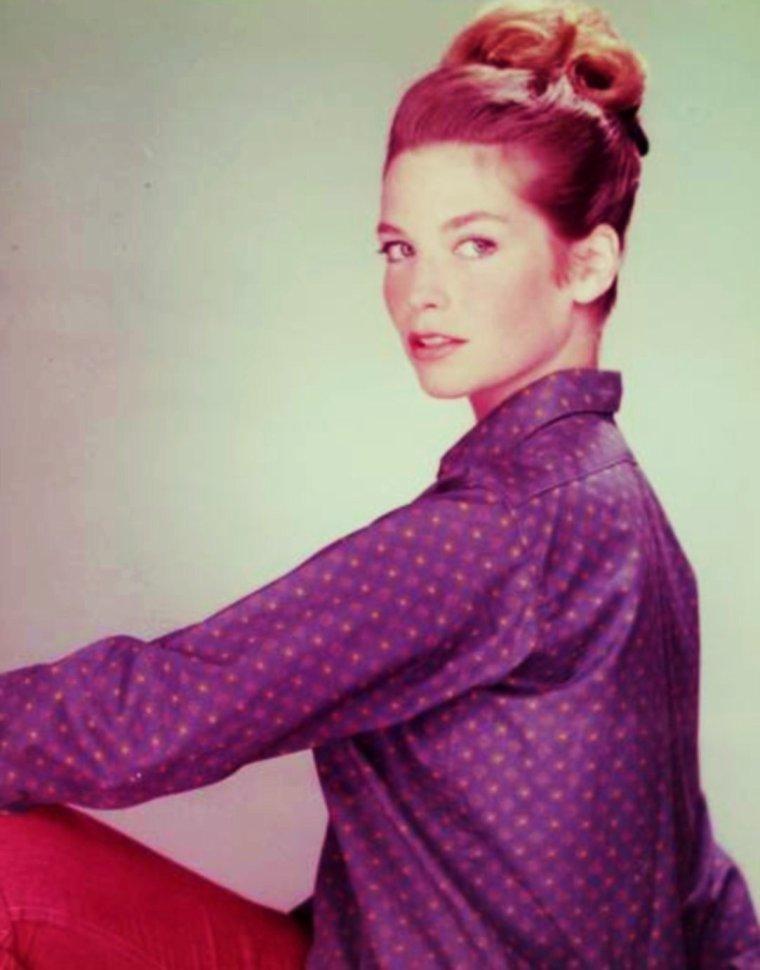 NEWS / Alexandra STEWART, née le 10 juin 1939 à Montréal au Québec (Canada), est une actrice canadienne de langue anglaise.