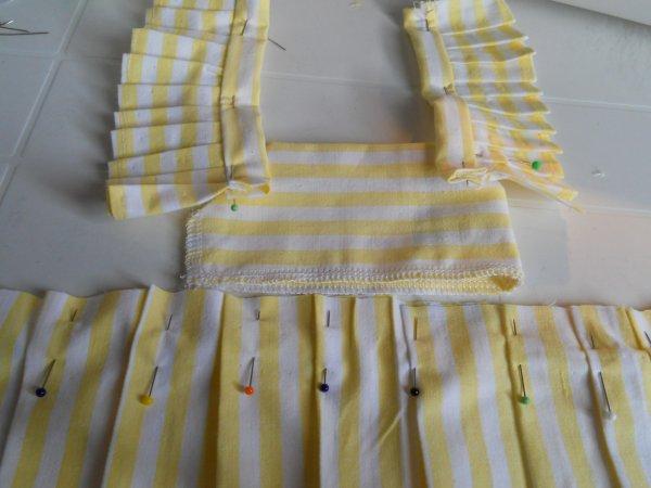 1953 juin / robe de jardin pour Françoise en cours