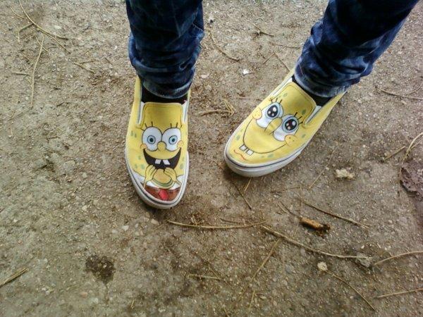 Chaussures bob l 39 eponge - Basket bob l eponge ...