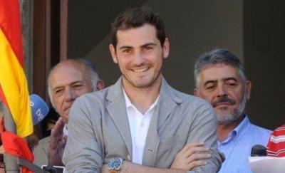 >> Iker Casillas <<