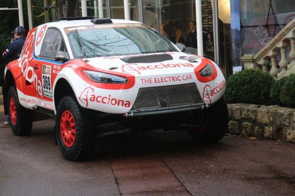 #Dakar2017 : Une voiture électrique engagée, l'#Acciona