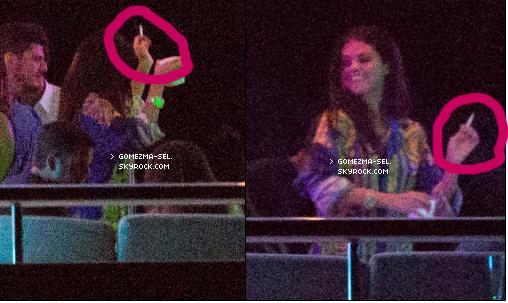 été 2014 : Ce que vous avez raté des vacances de Selena : 22 ans sur les yachts de St Tropez FR     Selena a passé ses vacances avec Cara Delevingne et Tommy Chiabra sur un yacht Tropézien, où ils ont fêté les 22 ans de Selena.