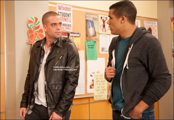 3 nouvelles photos sorties pour les épisodes à venir de Glee, Puck aux côtés de Jake, Quinn et Finn