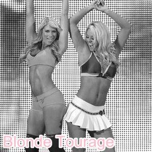 Blonde Tourage