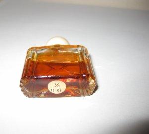 Lot parfums anciens 2 Revlon et 1 inconnu