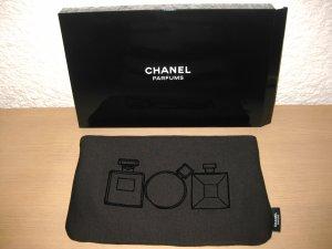 Chanel Trousse à maquillage motifs flacons de parfums en velours VENTE ou ECHANGE