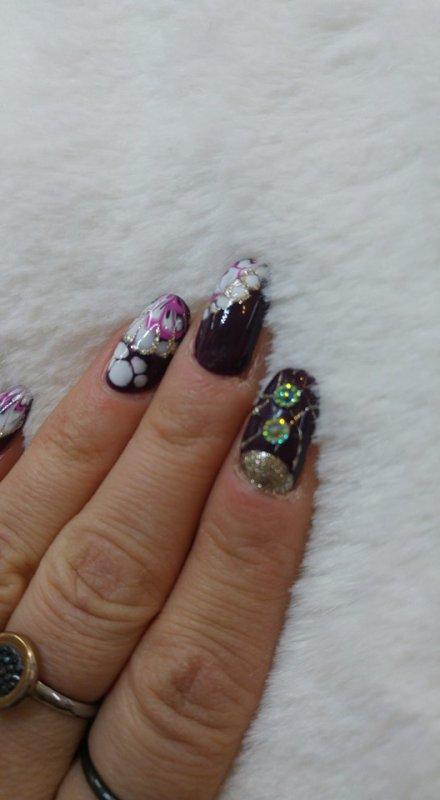 marmor nails