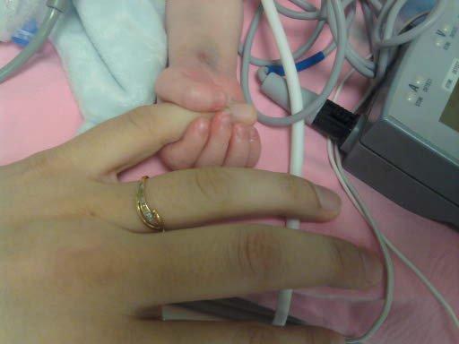 11/11/2010  Ne tinquiète pas maman je tiens le coup....