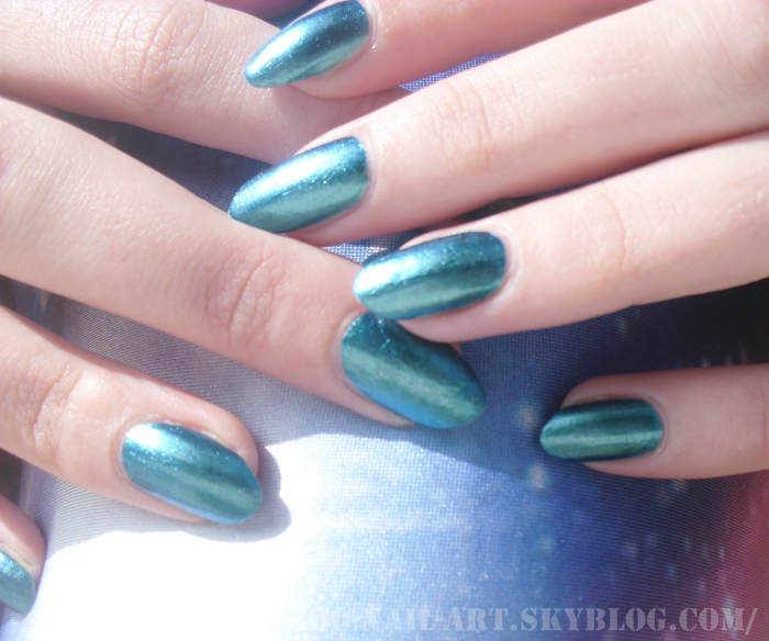 "~ Test : ""Deviantly Daring"" by China Glaze ~"