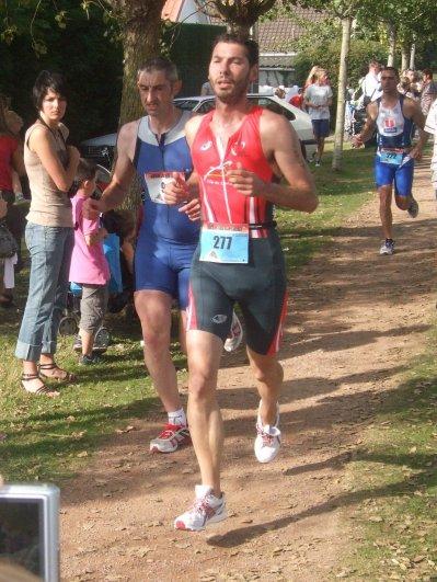Claire DUBOIS et Kellig POUTRAIN - Triathlon Ardres 2011
