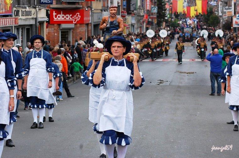 SUITE FÊTE DES LOUCHES COMINES 2014