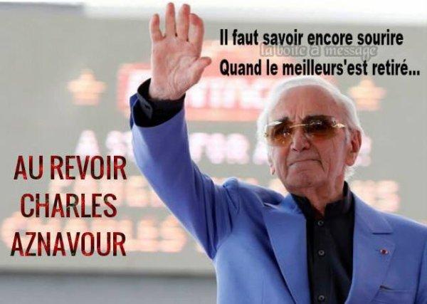 """RESPECT MONSIEUR CHARLES AZNAVOURCharles Aznavour est mort de lundi 1er octobre à l'âge de 94 ans. Le chanteur vivait depuis plus de 50 ans une magnifique histoire d'amour avec Ulla.  Derrière chaque grand homme se cache une femme. Charles Aznavour en sait quelque chose puisqu'il a été marié trois fois. L'inoubliable interprète de La Bohême, mort ce lundi 1er octobre à l'âge de 94 ans, peut compter sur la présence indéfectible de son épouse, la belle Ulla.  Mariée avec l'artiste depuis le 11 janvier 1967 selon le rite grégorien, Ulla Thorsell est sur toutes les photos de famille. Ensemble, ils ont traversé les modes, sans jamais se laisser dépasser, ni griser par le succès.  Le couple a même eu trois enfants :  Katia, née en 1969, Misha en 1971 et Nicolas six ans plus tard. De quoi agrandir la famille déjà composée de Seda et Charles nés de son mariage avec Micheline, et Patrick son fils, mort à 25 ans, que le chanteur a eu avec sa seconde épouse Evelyne Plessis.  Très discret sur sa vie privée, l'artiste se confiait de temps à autres sur celle qui a partagé ses joies et ses peines pendant cinquante ans : """"J'ai été marié trois fois. La première fois, j'étais trop jeune. La deuxième fois, j'étais trop bête. La troisième fois, j'ai épousé une femme qui vient d'une culture différente, plus stricte. J'ai appris des choses, la tolérance, notamment. Je ne dirais pas qu'elle m'a changé, car c'est difficile de me changer. Mais elle m'a régulé, m'a mis sur un bon rail"""" confiait-il à par exemple son propos dans les colonnes de Télé 7 jour"""