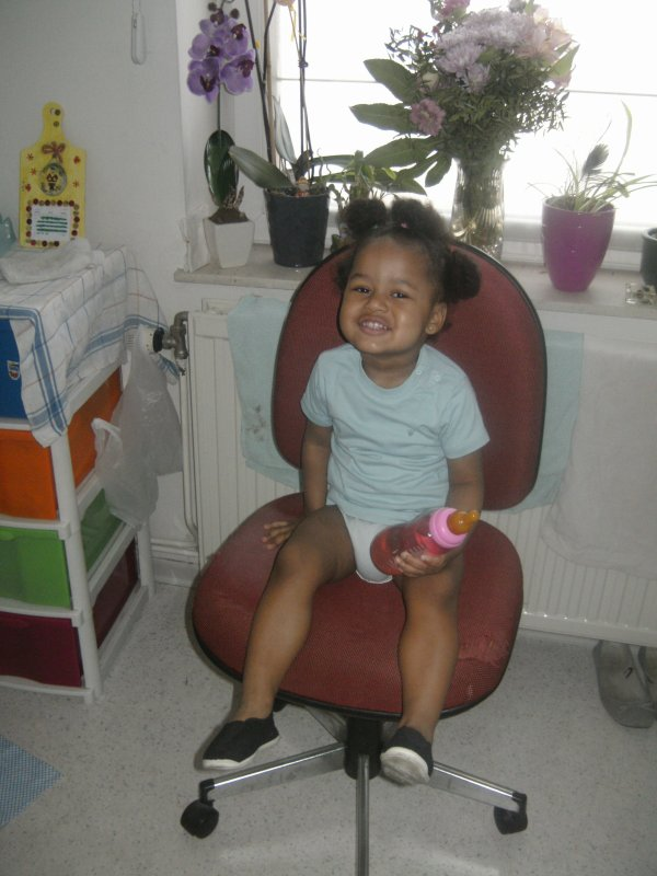 derniere photos prise chez mamie aujourd'hui 28/04/2014 trop belle ma petite princesse imelda