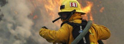 Incendie en Californie : 4000 maisons menacées dont celles de célébrités