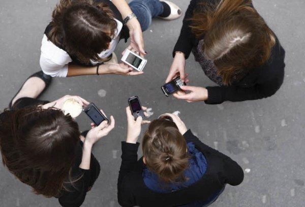 Floride : Abattu pour avoir envoyé des textos pendant une séance de cinéma